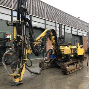 atlas copco roc d3rrc drill rig on yard